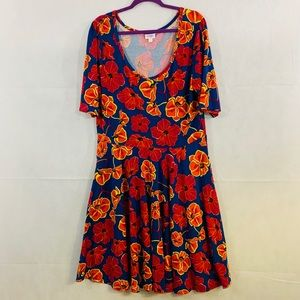 LulaRoe short sleeve flowered dress size 3XL